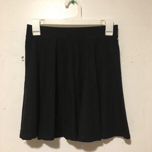 So Kohl's Black Skater Skirt Medium